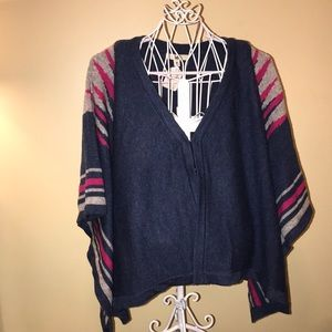 Ya Los Angeles Blue Aztec Snap Poncho Sz M NWT